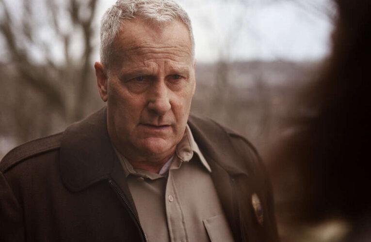 'American Rust', el intrigante drama policial llega en exclusiva a Paramount+ Latinoamerica el 13 de septiembre